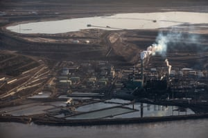 The Syncrude tar sand site near to Fort McMurray in Northern Alberta, Canada