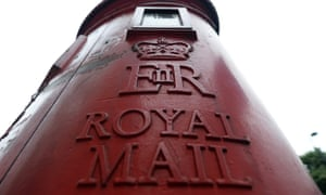 The British government has sold a 15% stake in Royal Mail for £750m.
