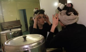Amy Winehouse getting ready at Bush Hall