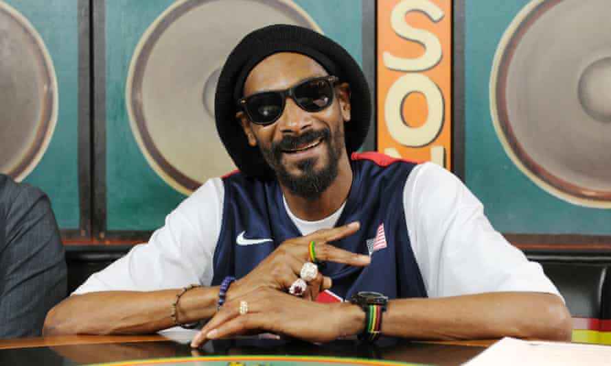 Snoop Dogg wants to be boss of Twitter