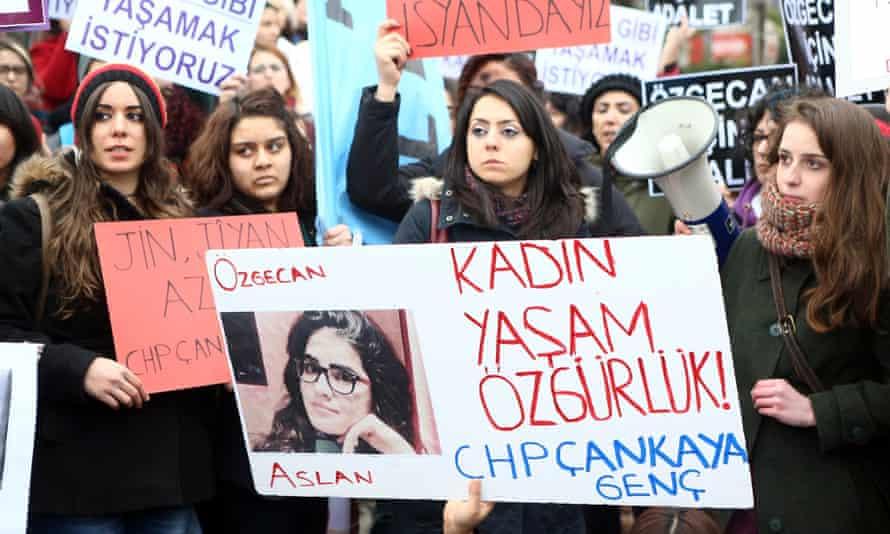 Ozgecan Aslan protest