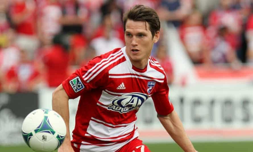 Zach Loyd in action for FC Dallas.