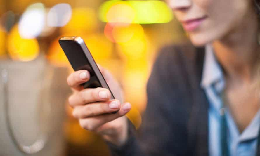 More people are getting their news on phones