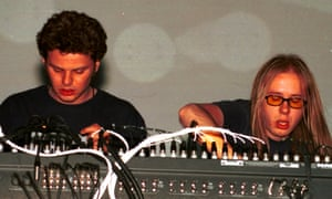Ed Simons (left) and Tom Rowlands, of Chemical Brothers, performing in Las Vegas in 1997.