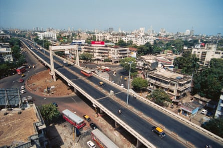 The Dadar flyover. Bombay's 1899-1900 decongestion plan provided a blueprint for generous street layouts, low-rise buildings and spacious parks.