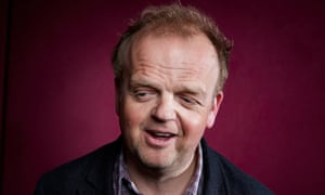 Toby Jones plays Len.