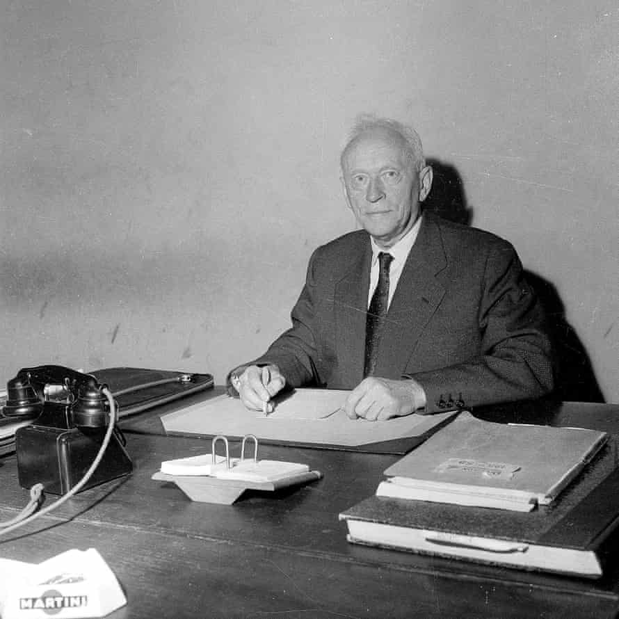 Gabriel Hanot at the offices of L'Equipe in April 1958.