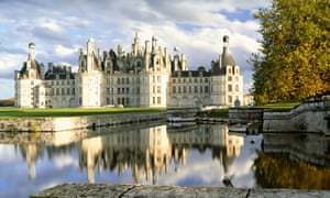 FRANCE LOIRE VALLEY CHATEAU CHAMBORD AT AUTUMN