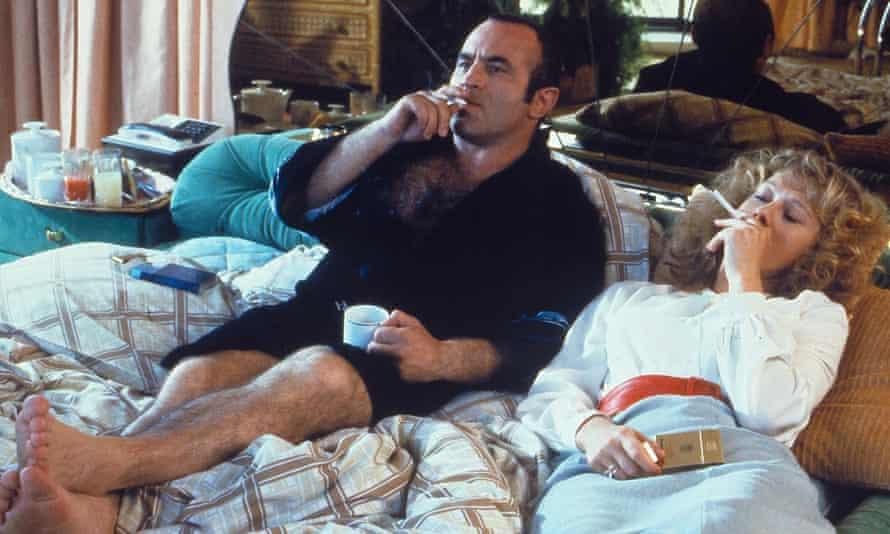 Bob Hoskins and Helen Mirren.
