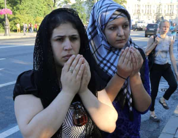 Muslims pray at the main mosque in St Petersburg