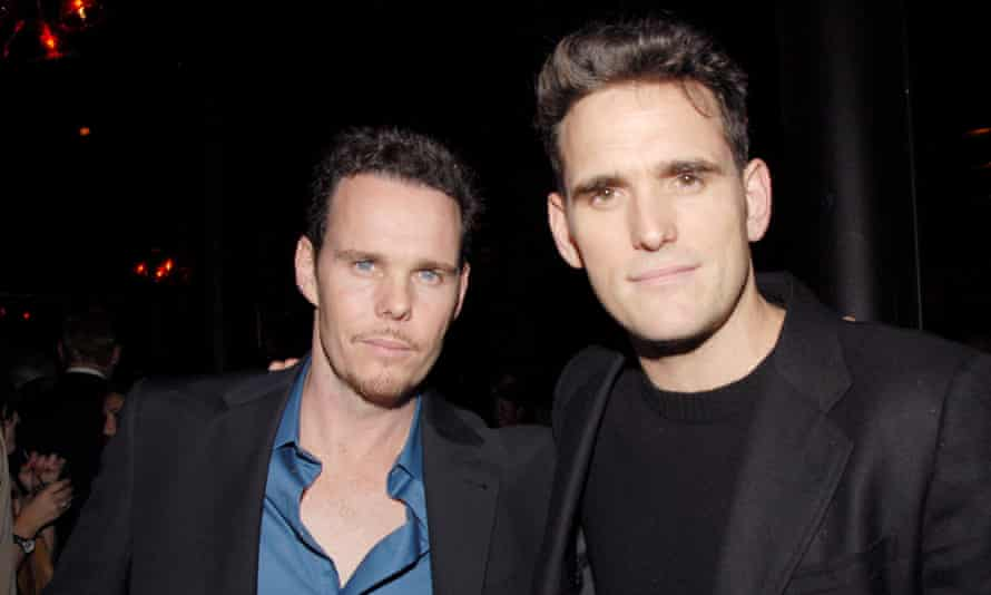 Kevin Dillon (left) with his brother Matt in 2006.