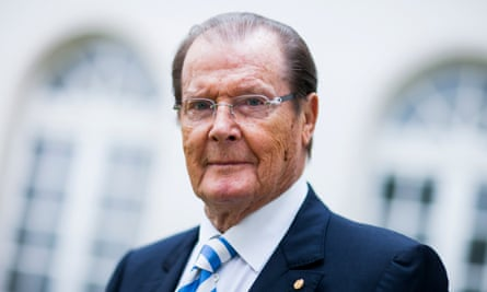 Sir Roger Moore: 'I had no idea what they meant by apps!'
