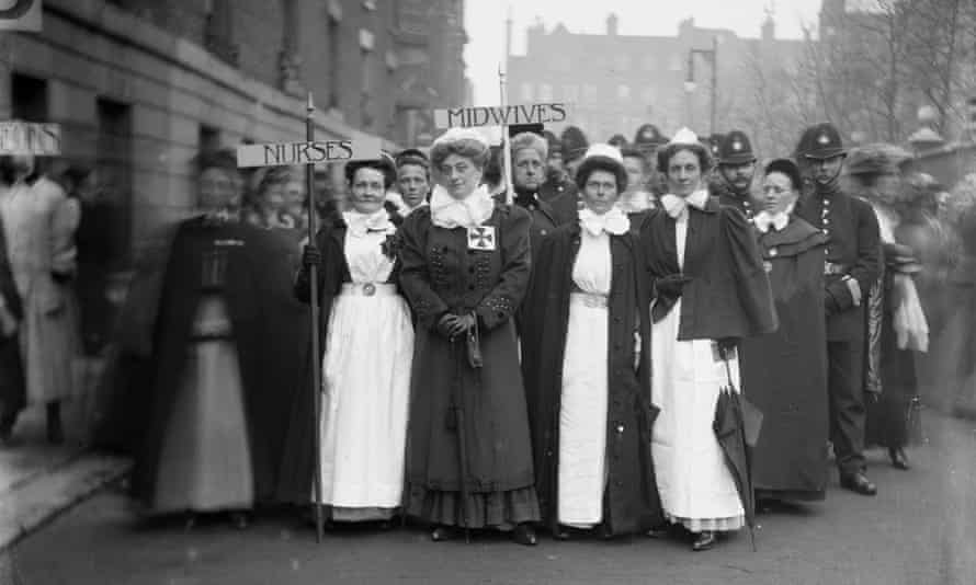 Nurses and midwives marching to the Albert Hall, Pageant of Women's Trades and Professions, 27 April 1909