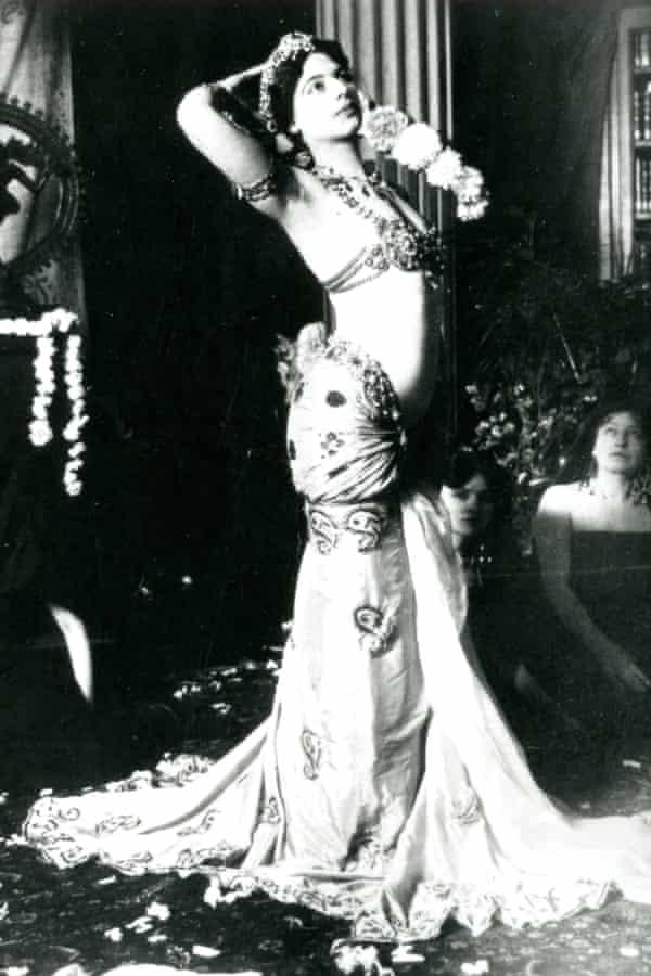 black and white portrait image of Mata Hari