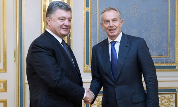 Ukrainian president Petro Poroshenko with Tony Blair in Kiev. Photograph: Mykhaylo Markiv/AFP/Getty