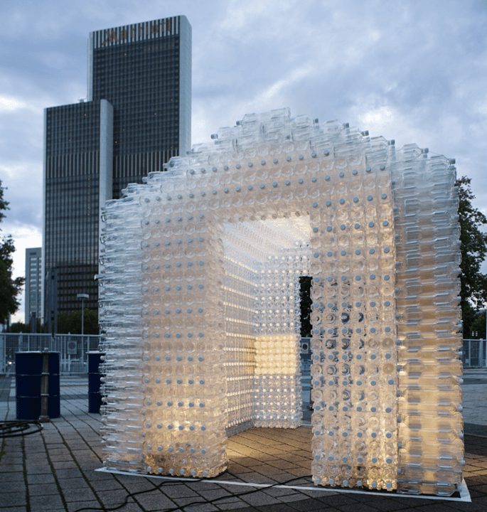United Bottle structure