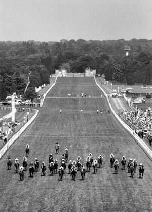<strong>1994</strong> The 32 runners in the Royal Hunt Cup are fanned out across the width of the Ascot track as Face North and Alan Munro, front left, go on to win.