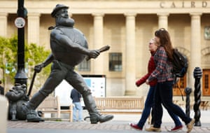 Desperate Dan, DC Thomson's Dandy comic character, takes a stroll by Caird Hall in Dundee.