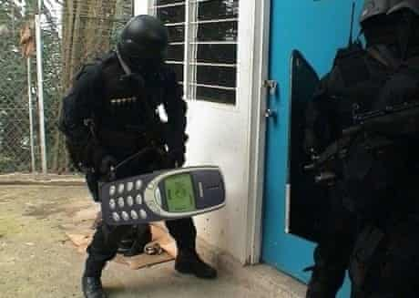 Nokia joke picture of phone being used as battery ram