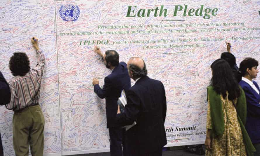 United Nations Conference on Environment and Development (UNCED), 3-14 June 1992. People at conference signed Earth Pledge