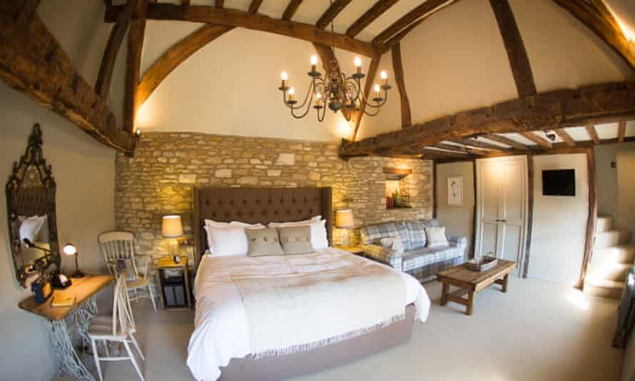 Double-height bedroom at the Porch House, Cotswolds