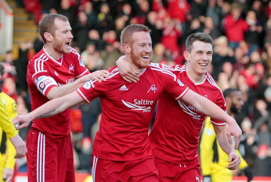Aberdeen's Adam Rooney, centre.