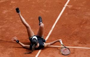 Ana Ivanovic takes a tumble.