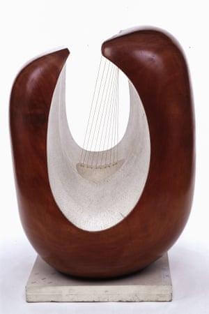 Curved Form (Delphi) by Barbara Hepworth
