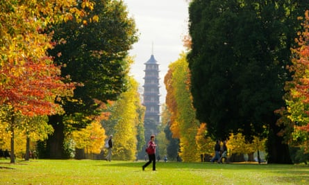 The Pagoda in Kew Gardens, which has an even number of floors while true Chinese pagodas have an uneven number for good luck.