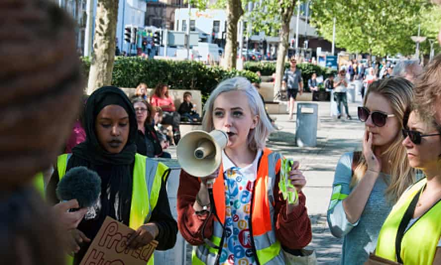 Fatin Guled and Rosie Simmons at a protest in bristol
