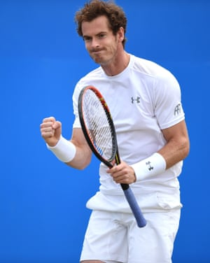 Murray celebrates taking the first set.