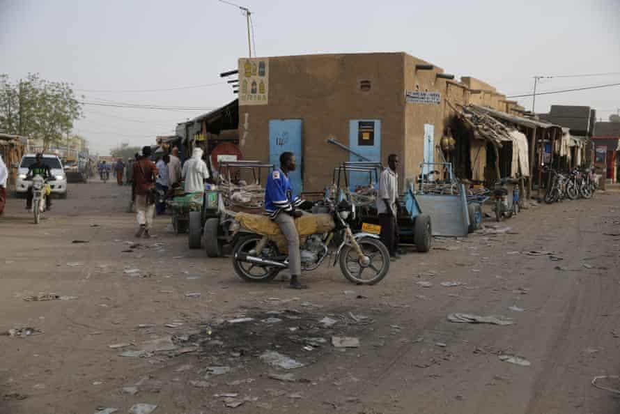 The main market at Agadez.