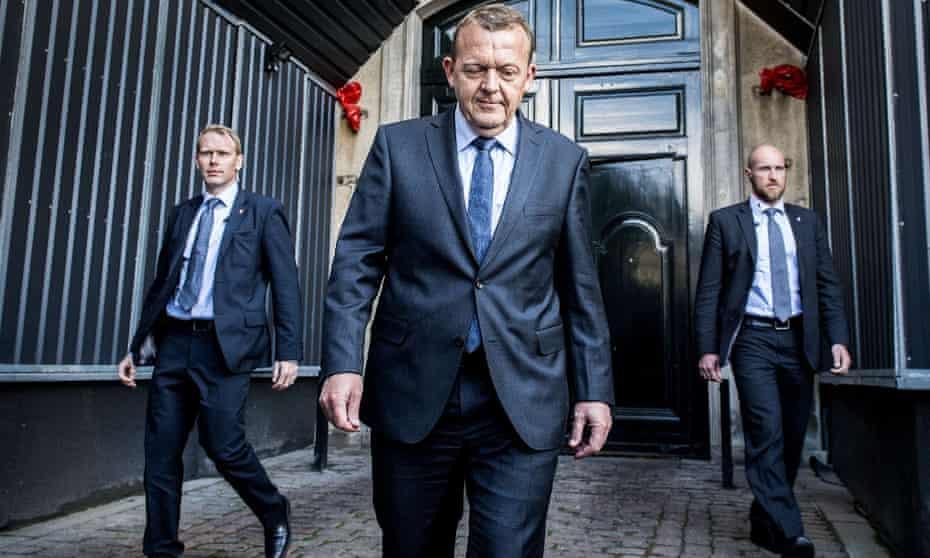 Lars Løkke Rasmussen, leader of the centre-right Venstre party in Denmark, arrives at Amalienborg, Queen Margrethe's residence in Copenhagen, after the general election last week.