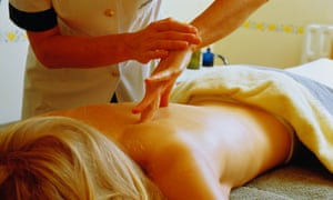 Woman being given an aromatherpy masage