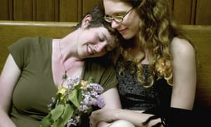 Jes Shuford and Shannon Andrews wait their turn to apply for a marriage licence in the early hours of 17 May 2004 in Cambridge, Massachusetts.