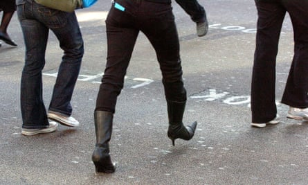 Skinny jeans are hugely popular, so is it likely they're dangerous to wear?