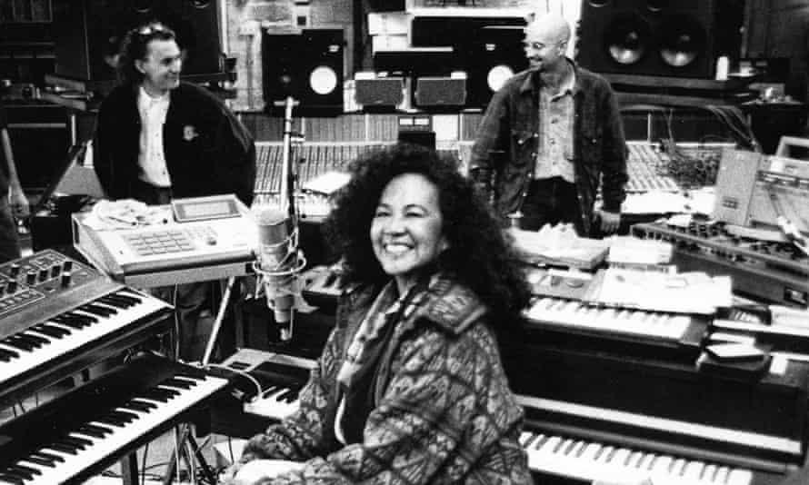 Totó La Momposina in the studio, 1992 with producer John Hollis and David Bottrill.