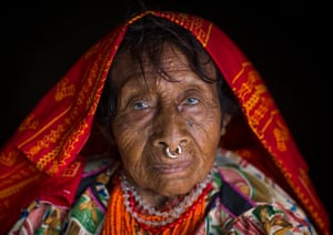 An elderly Kuna tribe woman