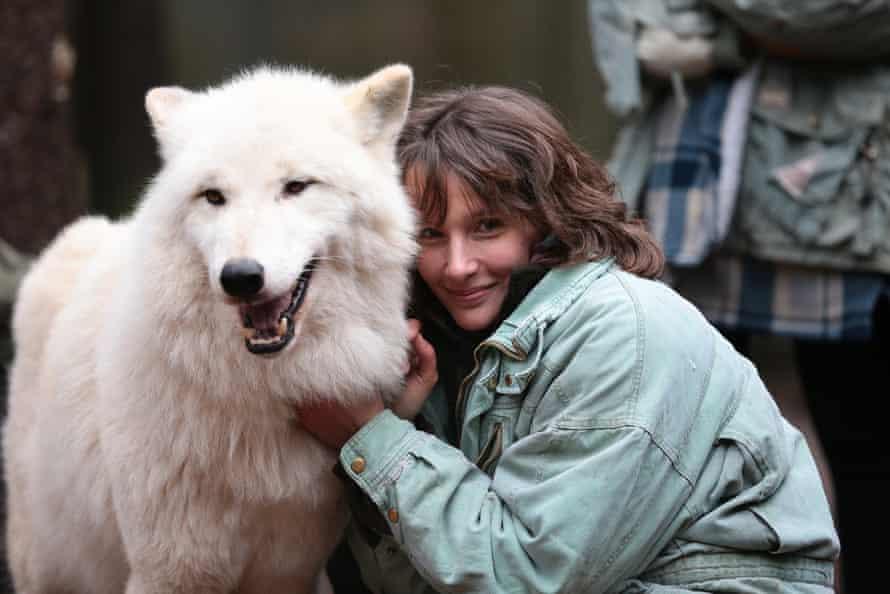 Hélène Grimaud with Nanuk at Wildpark Lüneburger Heide, Germany, in 2012.