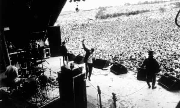 The Smiths on stage at Glastonbury in 1984