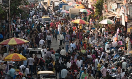 """Dadar's streets faced """"hawkerfication"""" by the Street Vendors' Act 2014."""