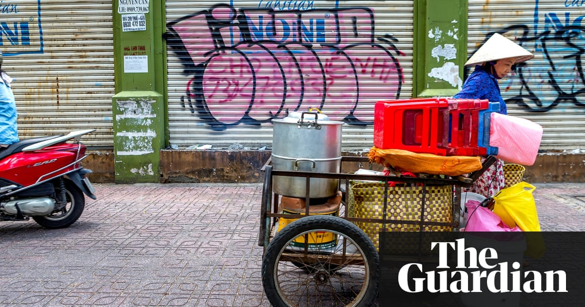 Saigon street food:  'There's no future for my son selling food this way'