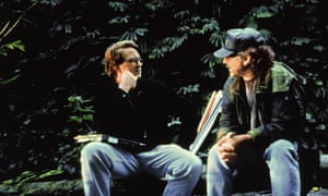 Michael Crichton and Steven Spielberg on the set of The Lost World: Jurassic Park 2, in 1997
