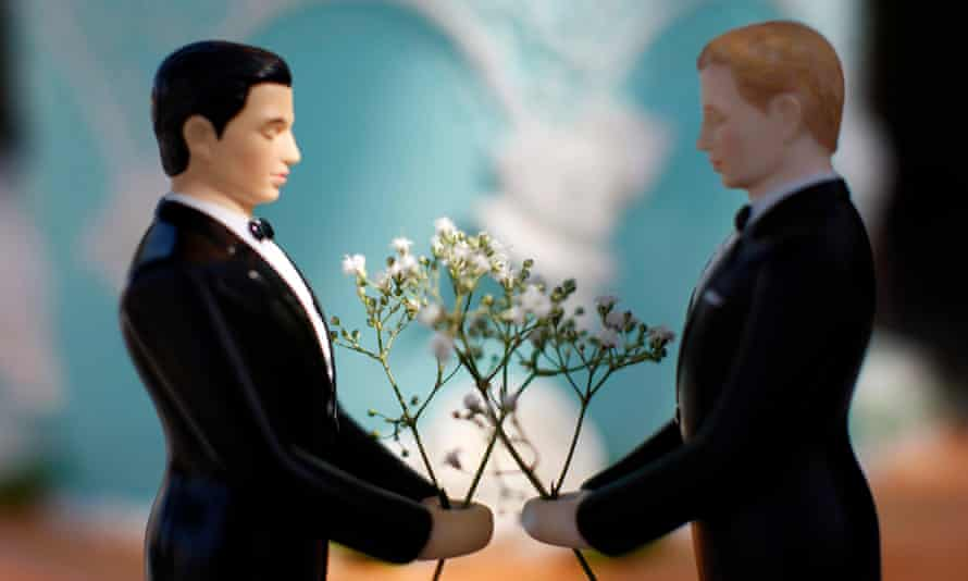 Los Angeles, California, USA --- A same-sex wedding cake topper is seen outside the East Los Angeles County Recorder's Office on Valentine's Day during a news event for National Freedom to Marry Week in Los Angeles, California February 14, 2012