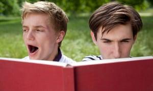 teenagers reading.