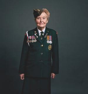 Joan De-Vall