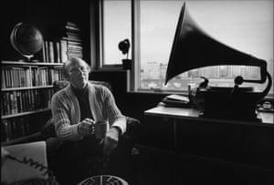 Roy Plomley), creator and original presenter of Desert Island Discs.