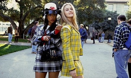 Stacey Dash as Dionne and Alicia Silverstone as Cher in Clueless.