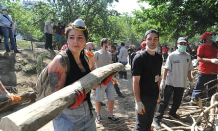 Georgians have been amazed by the overwhelming response of young volunteers to the tragedy.