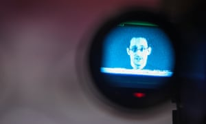 Mentioning Edward Snowden could damage the prosecution case in a terror trial, government lawyers have told a Chicago judge.